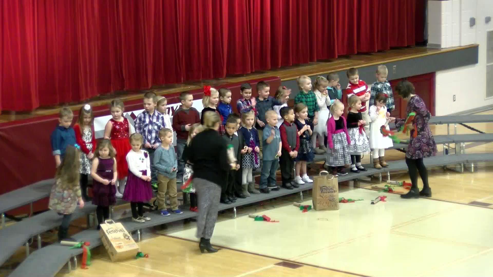 Loyal Elementary Holiday Program